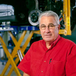 Collision Shop Equipment – Car–O–Liner – Austin, TX; Robert Joyner, Owner of Continental Collision
